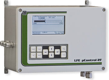 Field housing backpressure controller for process gas analyzers - pControl 2F